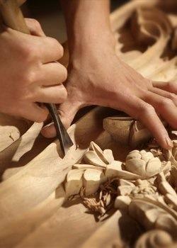 艺术家工作坊 / 创意木雕制作