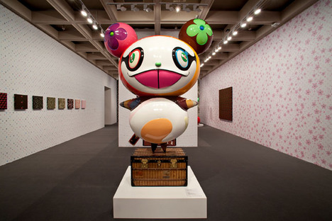 Takashi_Murakami_Exhibition_Area_3a.jpg
