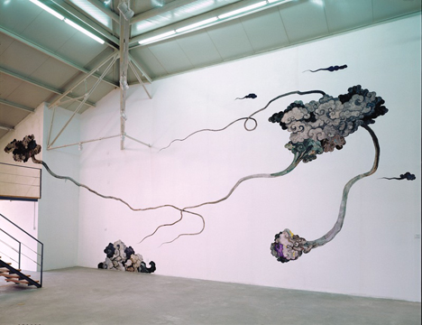 "SHAO YINONG ""BETWEEN SKY AND EARTH – WHITE DEW"""