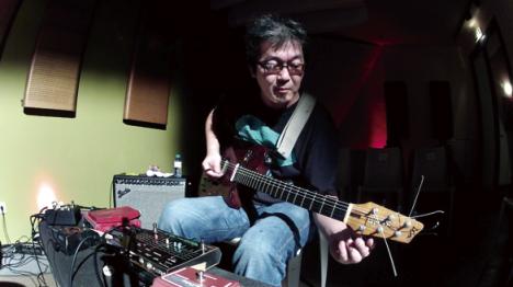 "KAZUHISA UCHIHASHI ""GUITAR & DAXOPHONE"" SOLO LIVE"