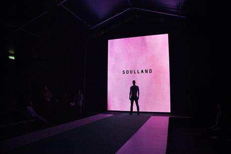 Soulland_SS11_backstage_1.jpg