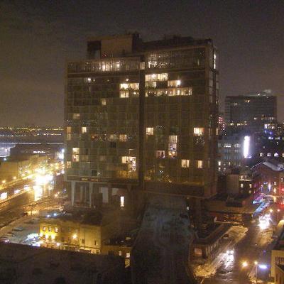 "Image Powered By <a href=""https://www.earthcam.net/"" target=""new"">Earthcam.net</a> © The Standard Hotel New York"