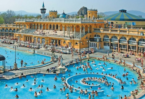 © Budapest Spas Inc.