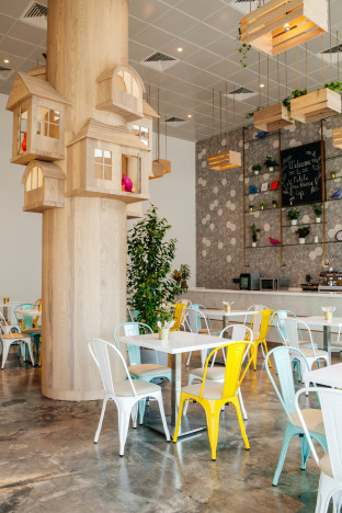 © La Petite Treehouse Café