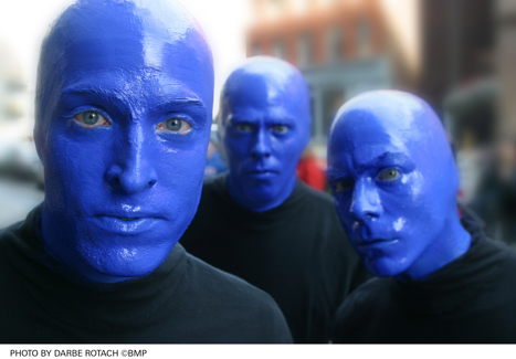 http://www.shift.jp.org/ja/archives/2007/10/02/blueman.jpg