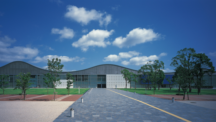 YAMAGUCHI CENTRE FOR ARTS AND MEDIA (YCAM)
