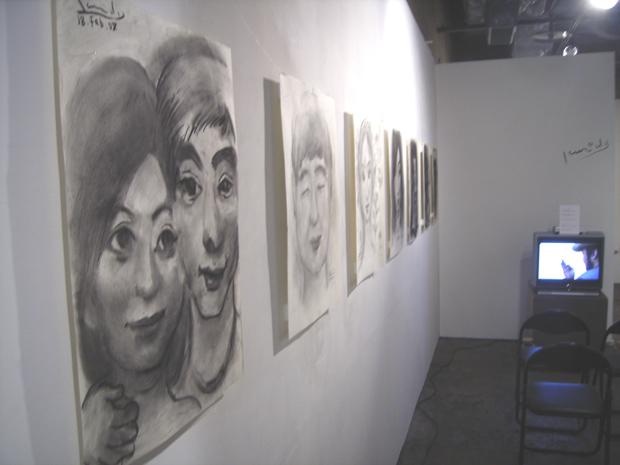 黒田晃弘展「似顔絵で人の世界を旅する」