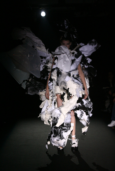 graduatefashionshow065.jpg