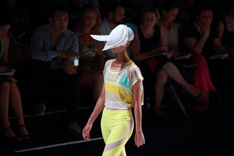 パリ・ファッション・ウィーク SS 2012