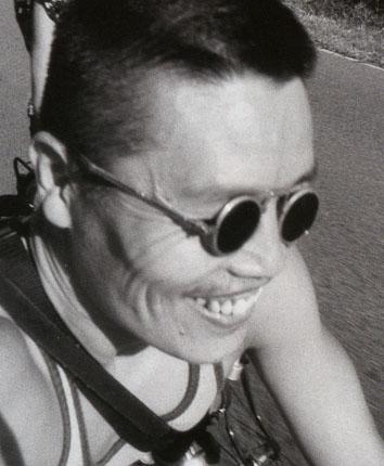 ルオ・ヨンジン