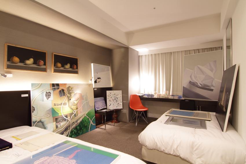 Room 1309 - Clerk Gallery + SHIFT (Sapporo / Shanghai) Photo: Yoshisato Komaki
