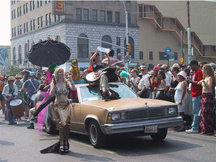 MERMAID PARADE 2001