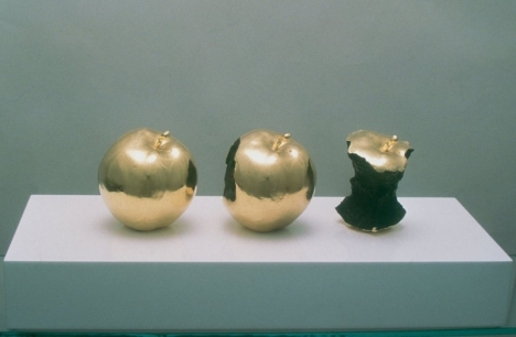 Billy Apple, 2 minutes, 33 seconds, 1962, installation view, Eat!, MCA, 1998, image courtesy and © the artist