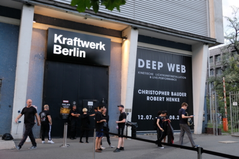 DEEP WEB BERLIN