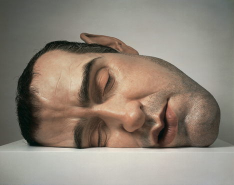 """Mask II"" Ron Mueck, 2001, Mixed media, Anthony d'Offay, London © Ron Mueck, Photo courtesy of Anthony d'Offay, London"