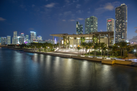 PAMM Bay Dusk photo By Robin Hill (C)
