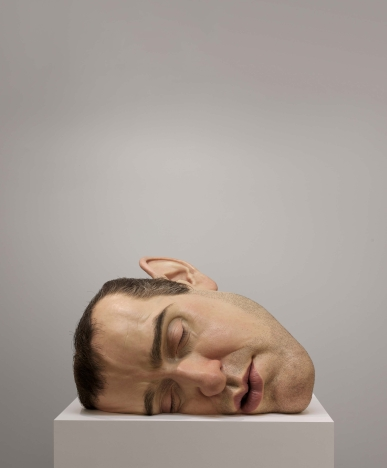 Ron Mueck, Mask II, 2002. Photo: Patrick Gries. Courtesy the artist, Anthony d'Offay, London and Hauser & Wirth