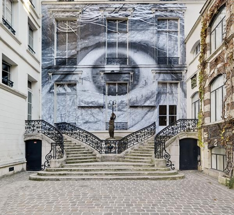 JR, The Wrinkles of the City, Los Angeles, Robert's eye, 2011, Facade of Galerie Perrotin, Paris. Photo: Florian Kleinefenn © JR. Courtesy of Galerie Perrotin
